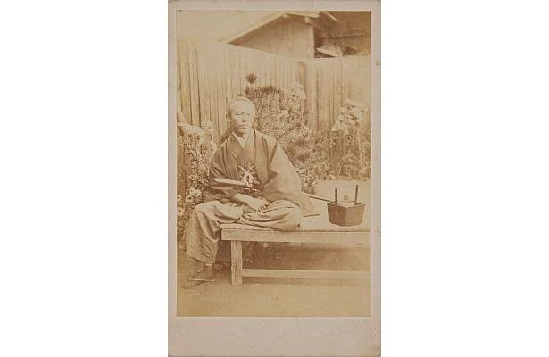 坂本龍馬の写真は、現在6種類が確認されている