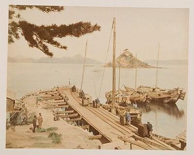 上野彦馬門下の内田九一が撮影した「長崎高島炭鉱石炭船積場」