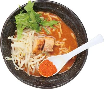 【写真を見る】「辛麺 真空 町田本店」の濃厚豚骨辛麺「山」(720円)