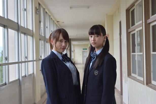 新潟テレビ21でホラードラマ「霊魔の街」がスタート。新潟出身の美少女・山田愛奈(写真右)と人気グラビアアイドル・都丸紗也華(左)が姉妹役で共演する