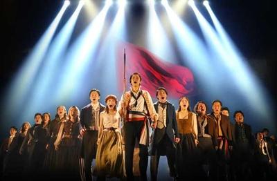 大阪・フェスティバルホールでの公演は9/2(土)から。生田の出演日は公式HPで確認を
