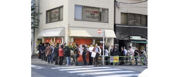 開店前の大行列! 有名店店主、ラーメニストの姿もちらほら