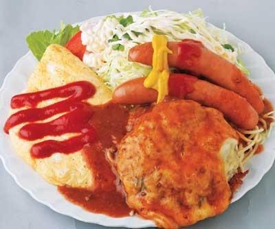 戸塚町にある「レストランエール」の、まるでお子様ランチのような「チーズハンバーグ&オムレツフランク定食」(1360円)