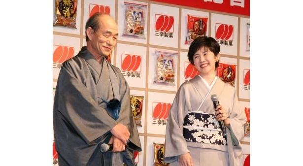大道具さんをしていた笹野高史さん(左)はキャンディーズの解散コンサートを生で見守っていたそう