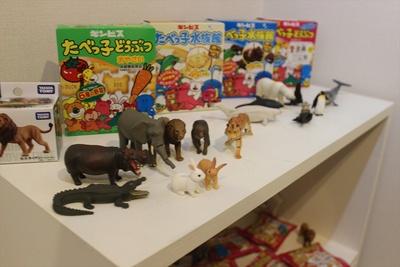 動物フィギュア「アニア」と動物ビスケット「たべっ子どうぶつ」がコラボしたたべっ子アニア展