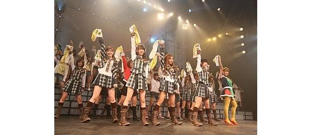 【AKB48のコンサートの様子を大画面で!】