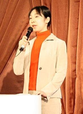 スイーツジャーナリストの平岩理緒さん。スイーツ情報サイト「幸せのケーキ共和国」主宰