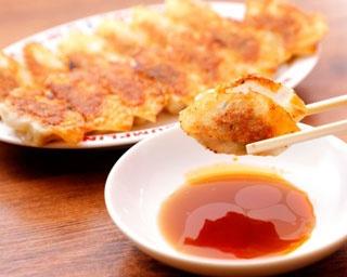 焼餃子(7個250円)※写真は2人前