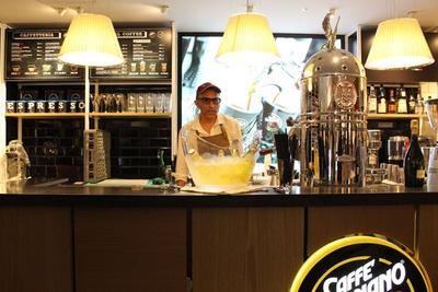 老舗コーヒーブランド「Vergnano(ヴェルニャーノ)」のエスプレッソが味わえるのは、日本ではイータリーだけ