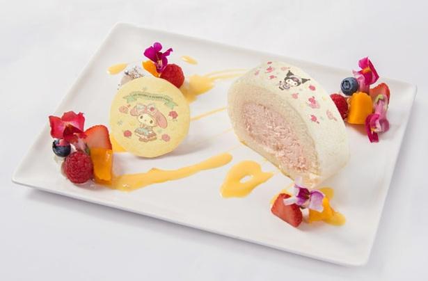 「マイメロディ&クロミのロールケーキプレート」(1090円)。イチゴクリームのふわふわロールケーキにクロミちゃん、 クッキーにマイメロディが登場
