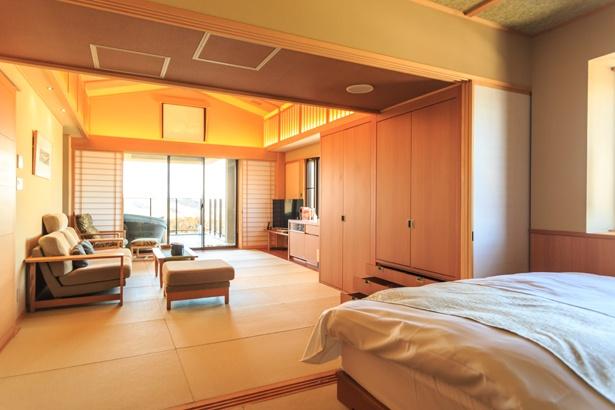 全館畳敷きでゆ~ったり。写真は14年に新設した露天風呂付きの客室