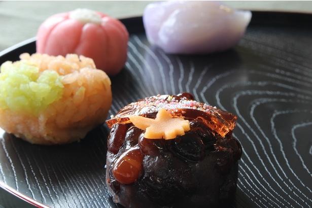 """お菓子で""""季節""""を表現する和菓子に外国人は興味津々"""