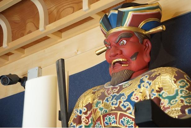 福岡観光ガイド迫力満点の閻魔大王と観世音菩薩が鎮座する海元寺