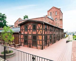 横浜の赤レンガ倉庫も手掛けた明治建築界の巨匠、妻木頼黄による建物