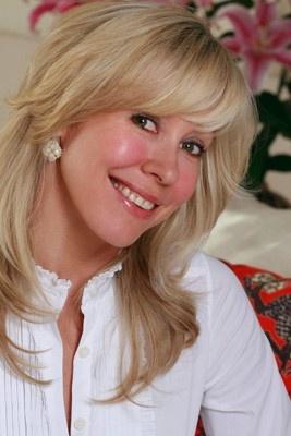 ミス・ユニバース・ジャパン(MUJ)公式栄養コンサルタントであり『世界一の美女になるダイエット』の著者でもあるエリカ・アンギャルさんのトークショーも。
