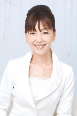 マリッジ・ライフ・プランナーの安東徳子氏による、横浜での結婚式の魅力や花嫁必須の心がけなど、結婚準備から楽しむためのセミナー。