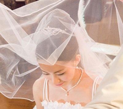 結婚式会場ご成約で「挙式プレゼント」※詳細はWEBで確認を