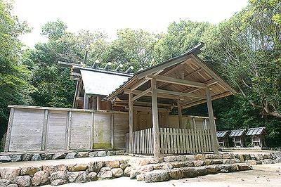 神明神社から徒歩5分ほどの距離にある八王子社(男宮)