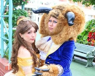 フル仮装の美女や野獣も!ディズニーハロウィーン2017