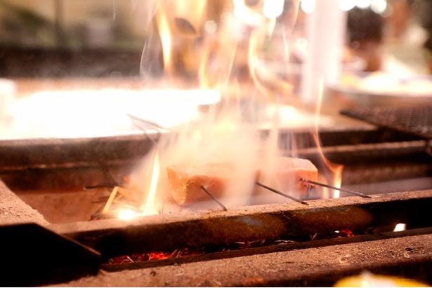 高温で表面だけをさっと焼き上げる