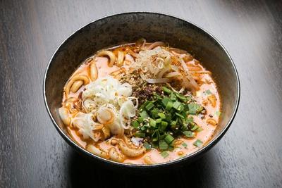 「担々麺(手延麺)」(850円)/申手延麺