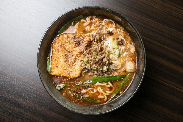 「四川麻辣湯麺」(750円)/申手延麺
