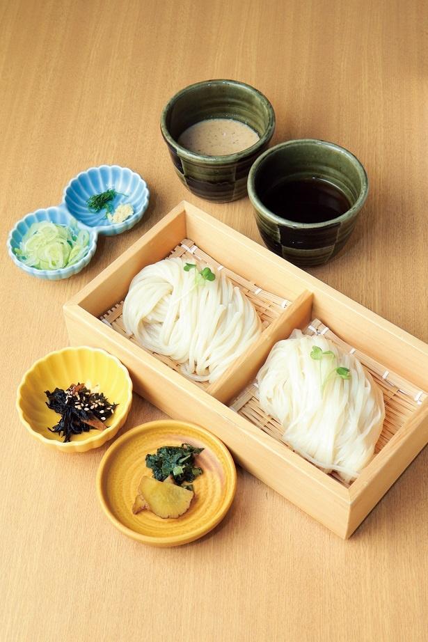 生麺はしっかりしたコシと小麦の香りが特徴
