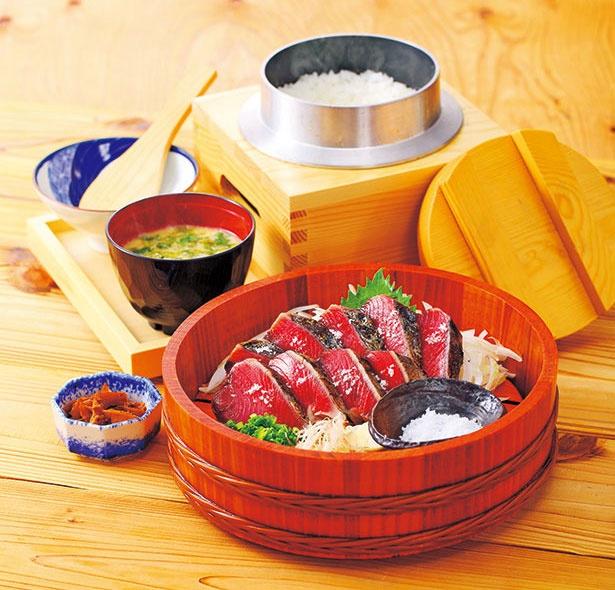 イオンモール伊丹に登場の、わら焼き鰹が人気の和食店「土佐わら焼き 龍神丸」