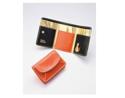 金箔押しで仕上げた特別な三つ折財布(1万2960円)