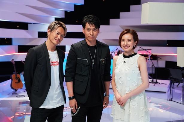【写真を見る】記念すべき第1回のゲストは山下健二郎らドラマ「LOVE or NOT」の出演者が駆け付ける