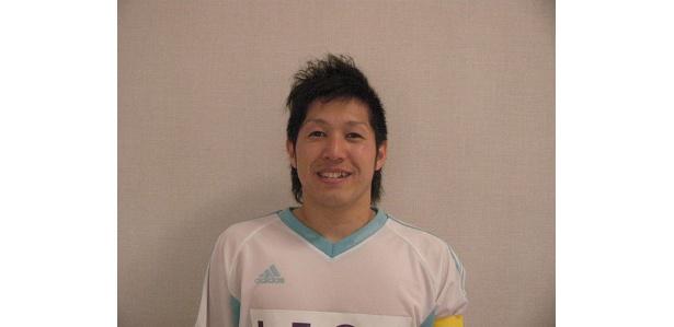 キャプテンの菅原和紀選手。「誰よりも小さく、太っている私ですが、プレーで皆様を感動の渦に巻き込みたいです!」