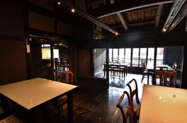 築100年ほどの古民家を改装した店内/カフェ 叶 匠壽庵 長浜黒壁店