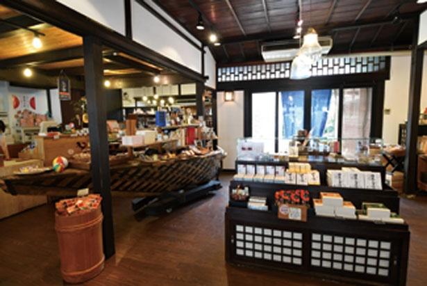民芸AMISU、キッチンスタイル、滋賀FOOD&STORYの3つのエリアで成る/黒壁AMISU