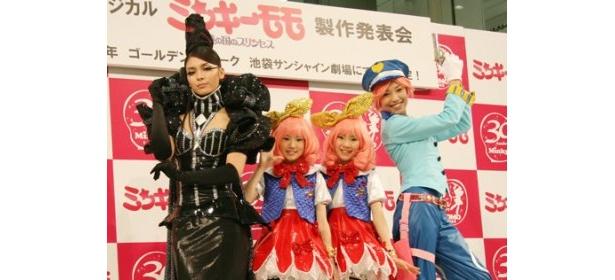 制作発表に登場した秋元才加、勝沼美紅、一岡杏奈、桂亜沙美(写真左から)
