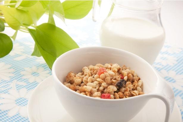 【写真】玄米フレークなどのシリアル類も米の加工食品