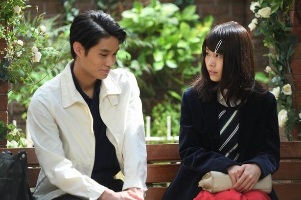 視聴者がイチャイチャっぷりに赤面した有村架純と磯村勇斗のラブラブシーン