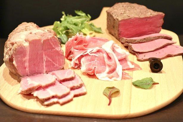「トリプル食べ放題超絶肉祭り」で楽しめるお肉は全3種類