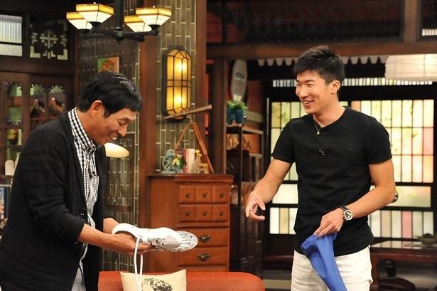 【写真を見る】桐生祥秀選手は、明石家さんまに「9秒台を日本で一番初めに出したかった!」と明かす