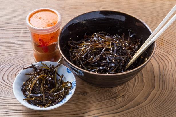 ダシで使った昆布で作る佃煮は、無料で食べられる