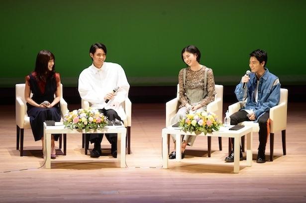 イベントに出席した有村架純、磯村勇斗、佐久間由衣、泉澤祐希(左から)