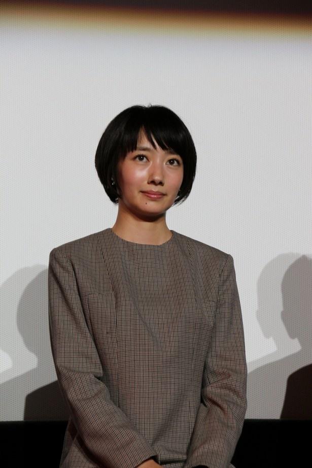 【写真を見る】波瑠演じる美人検視官・比嘉ミカのスピンオフも間もなく!