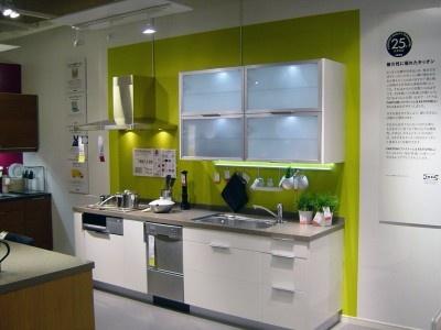 【写真】イケアのキッチンのバリエーションが豊富に展示されている(IKEAポートアイランド)