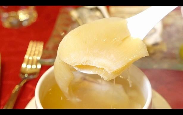 中国マフィアが食す贅沢な中華料理も紹介