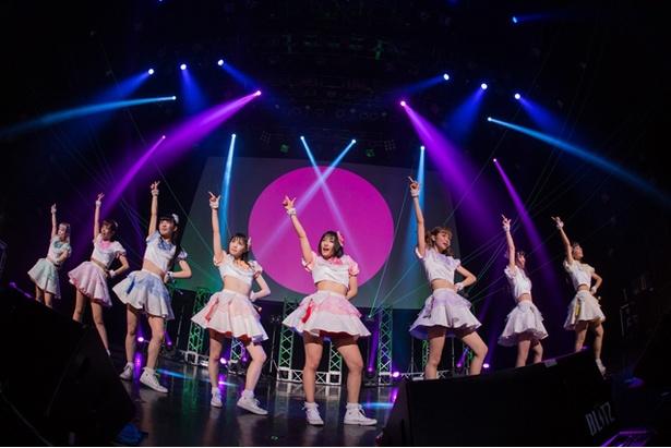 9月3日に開催された、東京・赤坂BLITZでのワンマンライブの様子