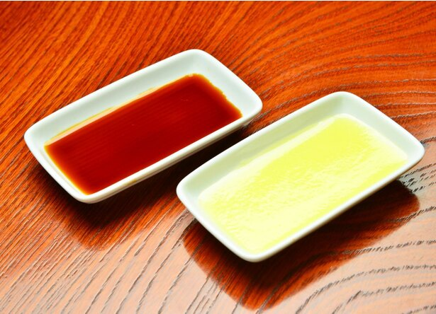 醤油そばの根幹をなす醤油は吟味に吟味を重ねる。鶏そばに必須の鶏油も100%比内地鶏から抽出