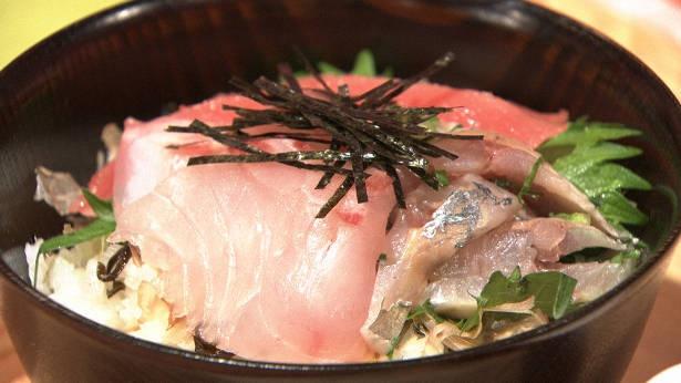 海鮮に含まれるグルタミン酸などのうま味成分が高脂肪食を押さえる