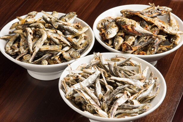 九十九里産の煮干し3種を使用