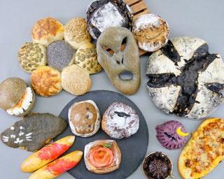 見た目はちょっぴり怖いけど味は絶品!「ホラーなハロウィン」をテーマにした13種類のパンが発売中
