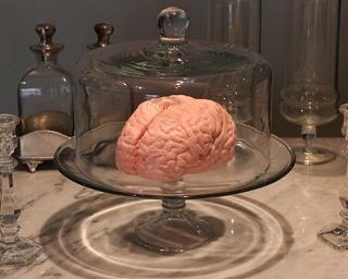アート・キャンディ・ショップ「papabubble(パパブブレ)」は、「脳みそマシュマロ」(5980円)の受付を10月7日より開始した