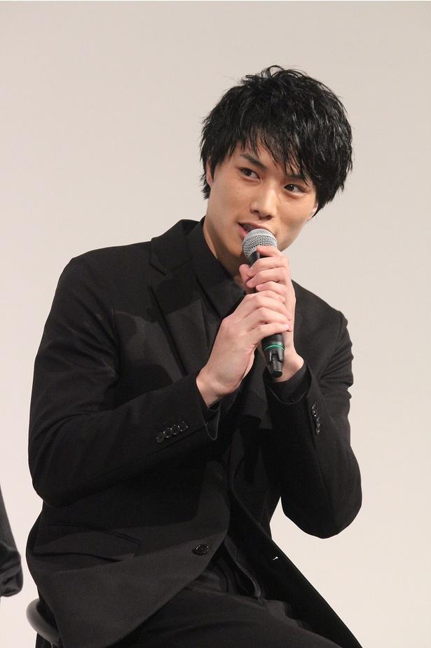 鈴木は自身が演じる京田について「まあ、自分で言うのもなんですが、好青年です」とコメント